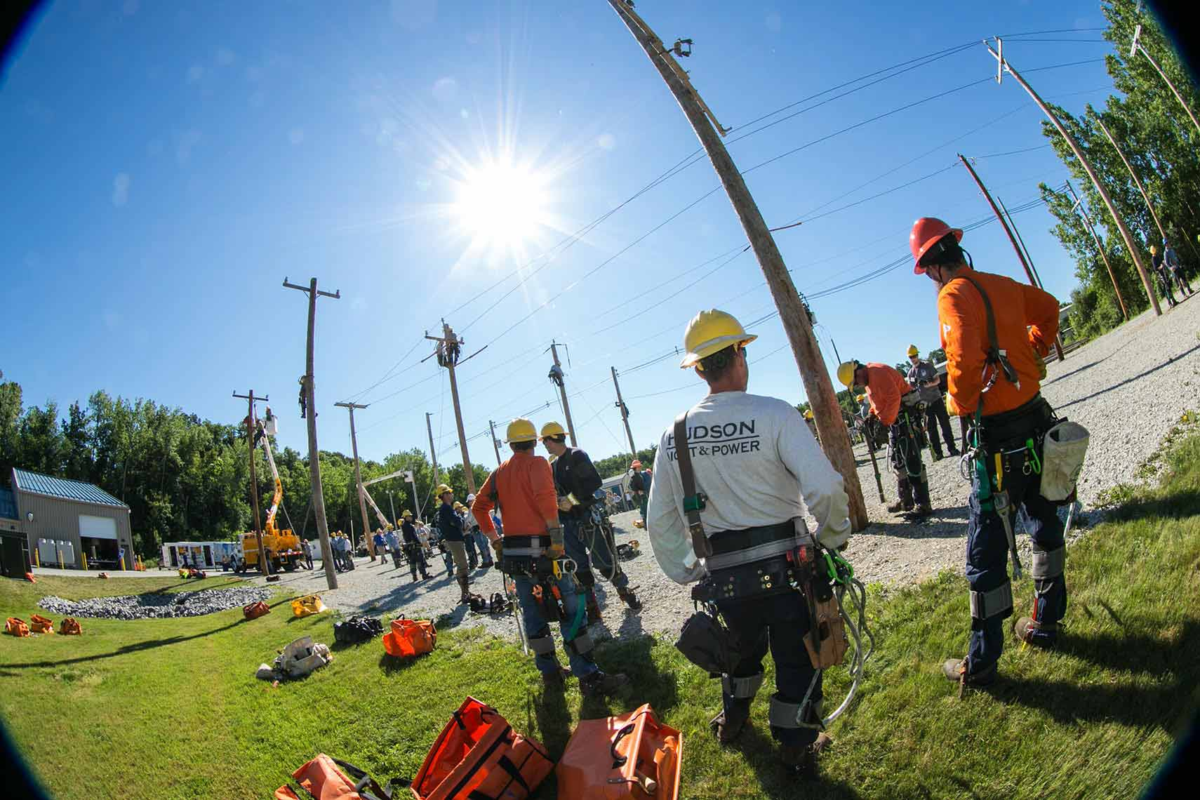 005-Linemen-Down-Time-Before-Rodeo-Day