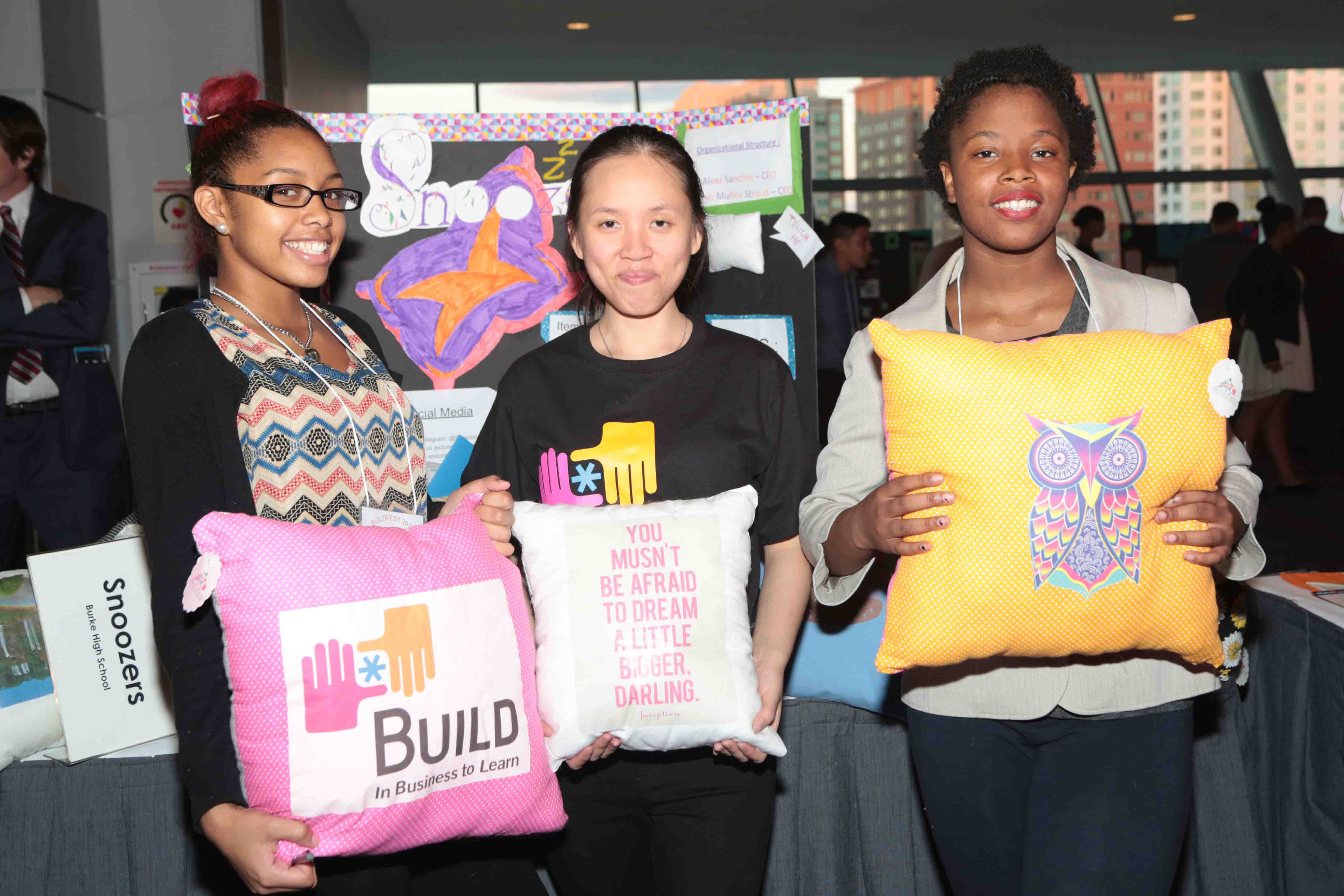 Students Show Their Products at BUILD Student Business Expo