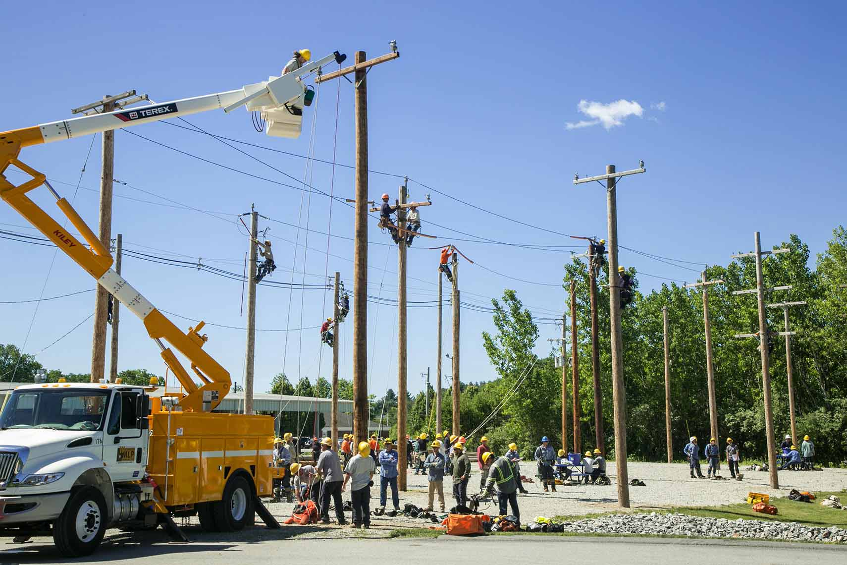 Northeast Public Power Association Linemen with Cherry Picker