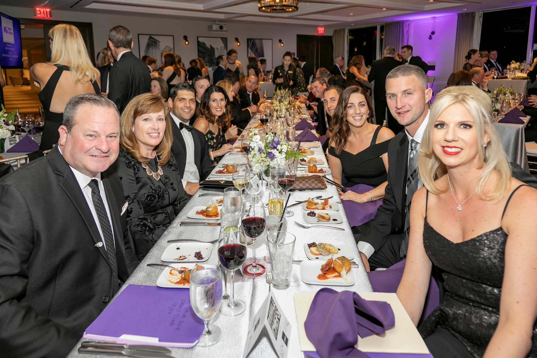 020-Group table shot of event attendees at the March of Dimes Black Ties for Babies gala