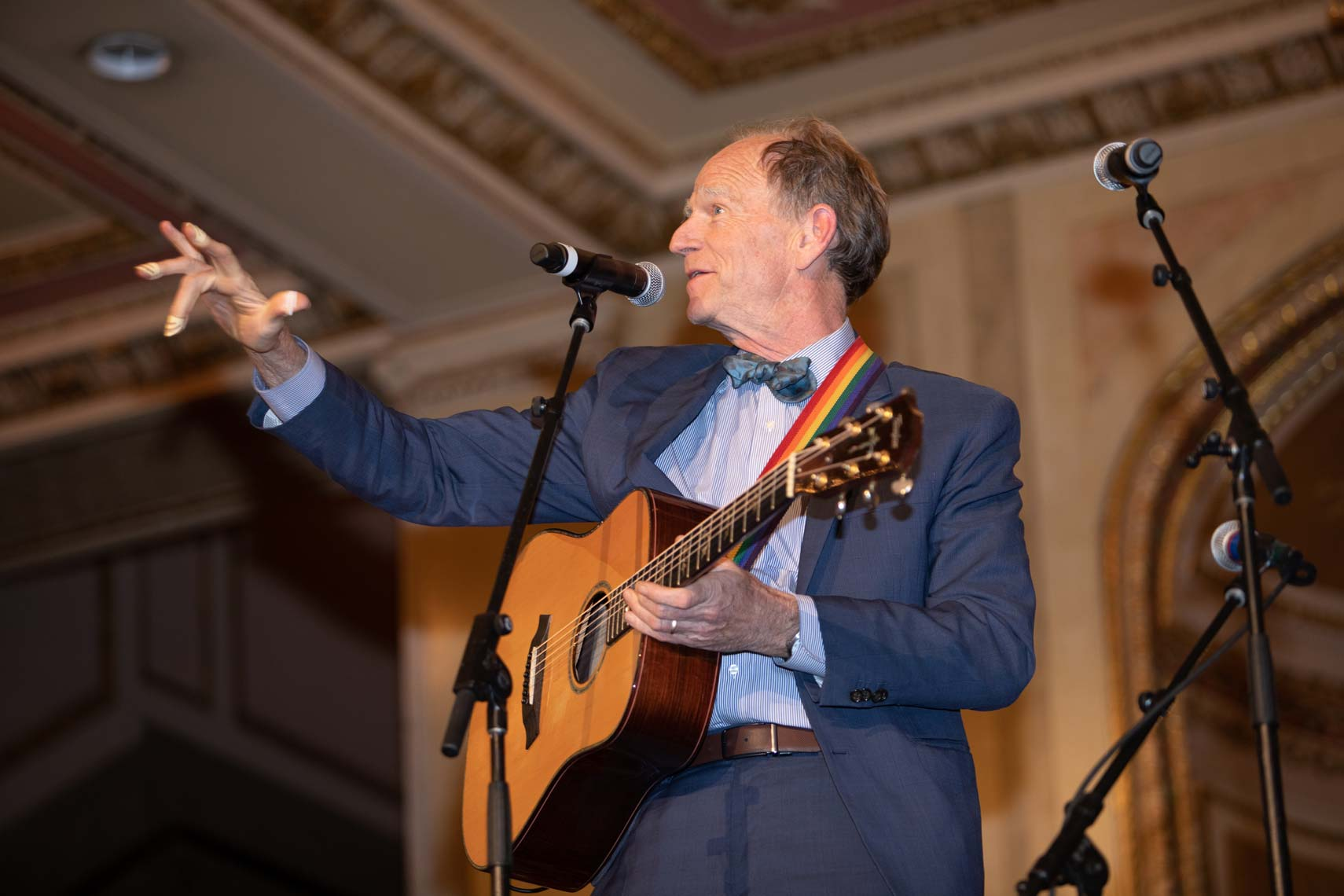 Livingston Taylor perfroming at the Wang Theatre gala