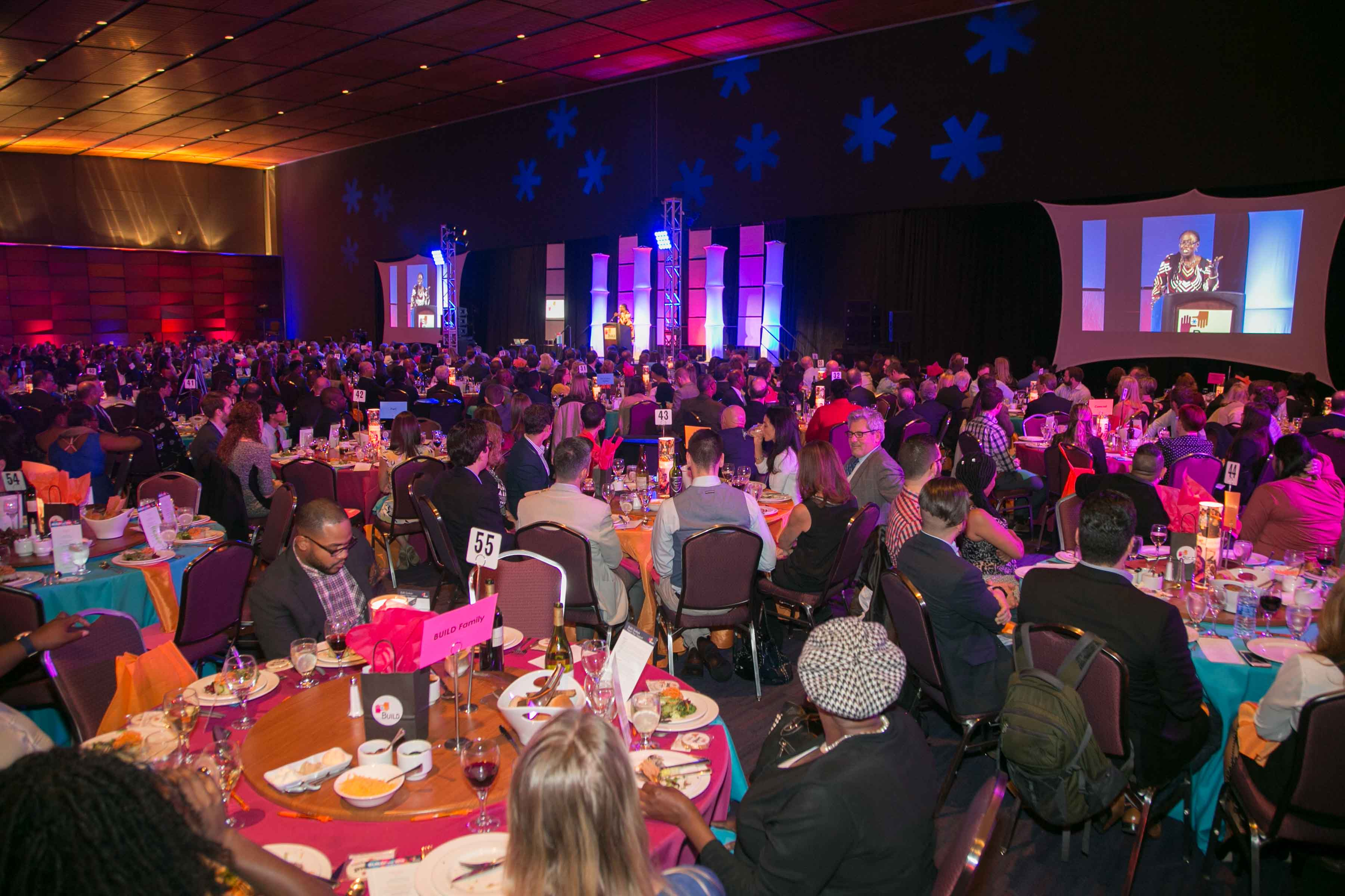 Guests Dining at Buid Fest Boston 2016 Awards Gala