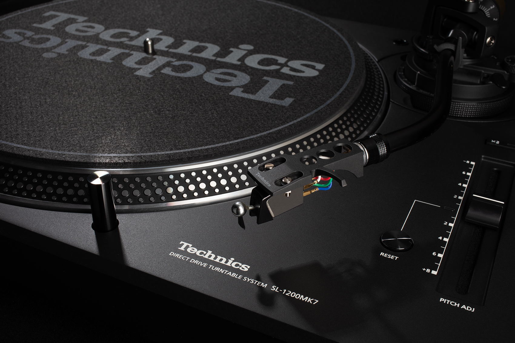 TechnicsSL-1200MK7TurntablebyPanasonicProductPhotographyBoston.MA.2
